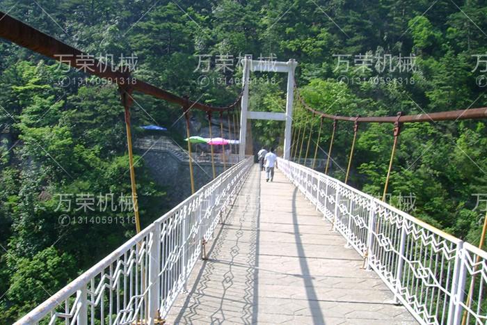 吊桥厂家设备结构及特点